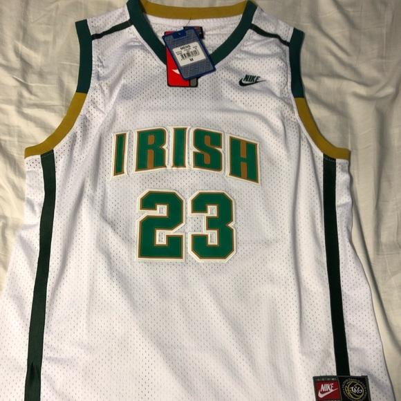 brand new 674a2 703cb Lebron James Irish jersey NWT